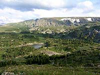 Горный Алтай : Поход от Чемала до Телецкого (лето 2007) : Вид на Байаюкские озера с перевала