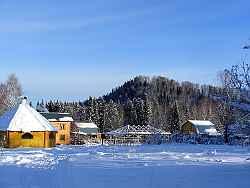 Горный Алтай : Усадьба «Русская Кузя» : Усадьба зимой